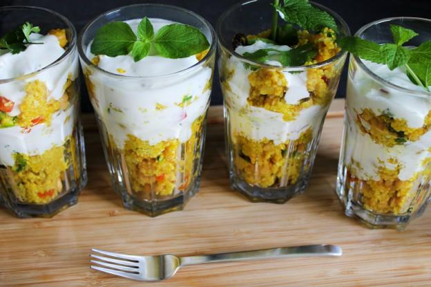 curry couscoussalat mit kichererbsen und rosinen stadt land food. Black Bedroom Furniture Sets. Home Design Ideas